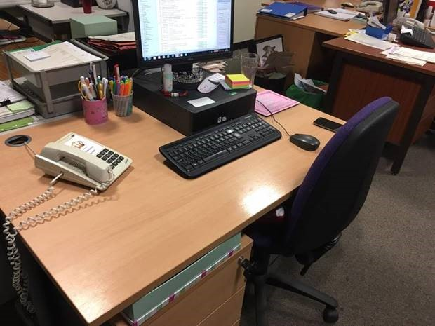 An image of a desk.
