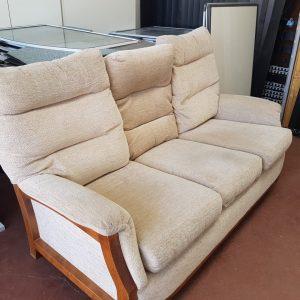 Large Cream Sofa (x1) - #RM15